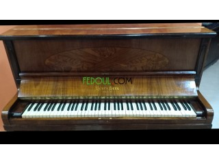 Piano herni herz 1843 (pièce de collection)
