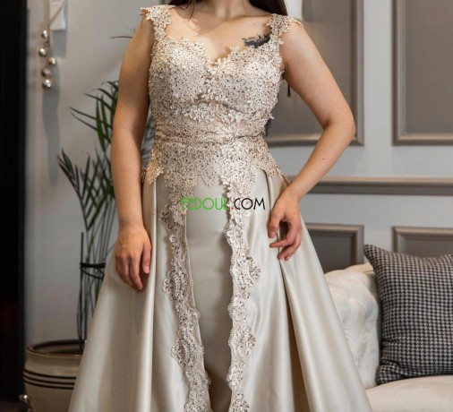 robes-dune-fabrication-syrienne-big-4