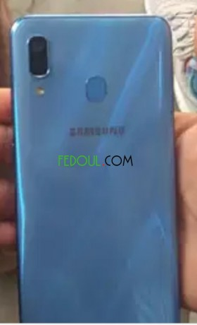 vente-d-smartphones-samsung-galaxy-a30-big-1