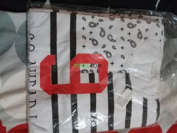 tricots-djemla-450-da-la-piece-big-0