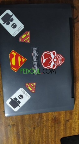 pc-portable-laptop-condor-big-0