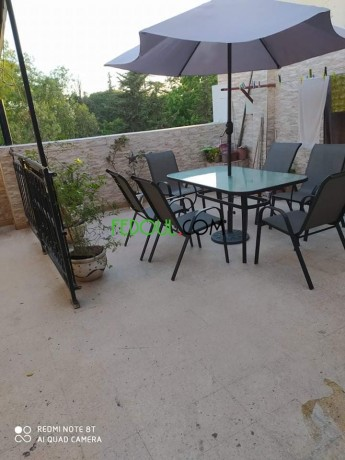 table-a-terrasse-de-6-places-balancoire-a-tres-bon-prix-big-4