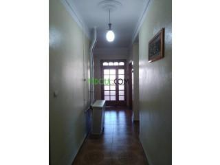 بيع منزل بحي بوزوران ولاية باتنة