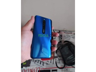 Redmi 8 avec ça boîte et accessoires