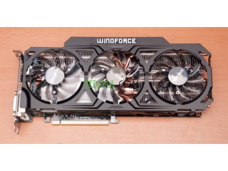 Carte graphique R9 290x 4gb ddr5 Gigabyte windforce