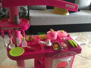Cuisine jouet pour fillette