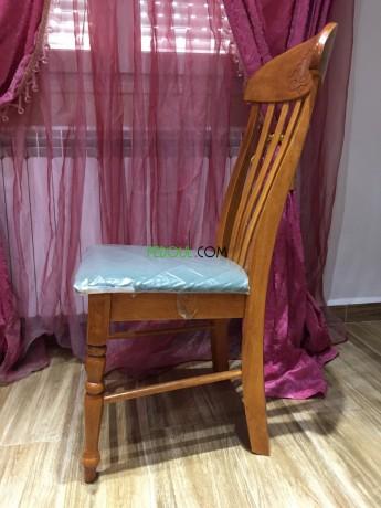 salle-a-manger-table-en-bois-massif-6-chaises-en-velours-big-1