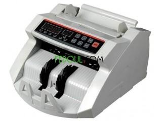 آلة حساب النقود