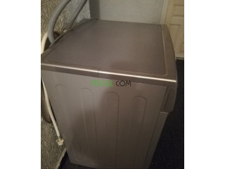 Machine à laver condor