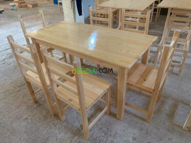 les-fenetre-les-tables-les-portes-en-bois-rouge-sur-commande-big-3