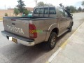 toyota-hilux-2010-small-12