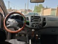 toyota-hilux-2010-small-2