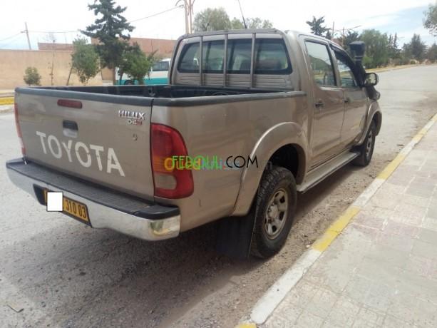 toyota-hilux-2010-big-12
