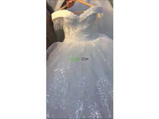 Robes blanche et robes soirée à vendre