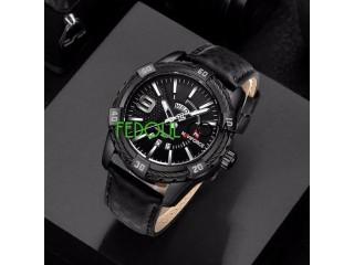 Montre homme - bracelet en cuir - noir silver