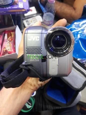 camera-jvc-big-7