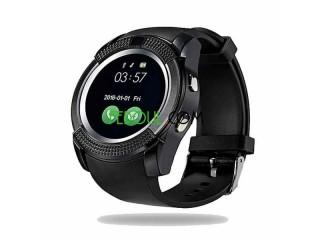 ساعة ذكية من نوع smart watch جديدة بالباطة والكابل