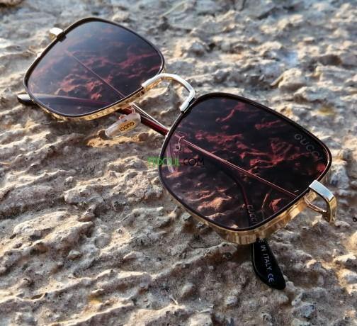 lunettes-de-soleil-big-0