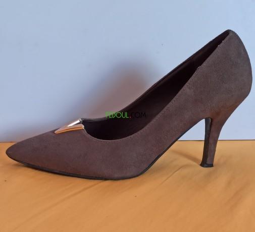 chaussures-tres-bon-etat-pointure-38-big-0