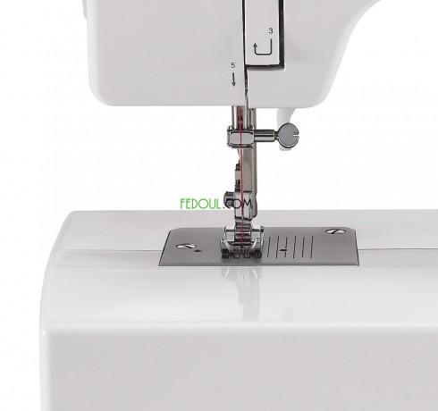 machine-a-coudre-singer-1408-15-motifs-big-1