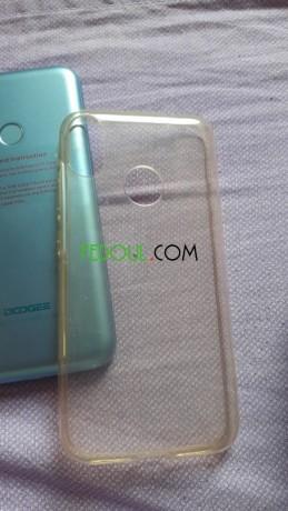 smartphone-marque-doogee-x70-big-2
