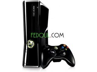 Xbox 360 slim 500go 10/10