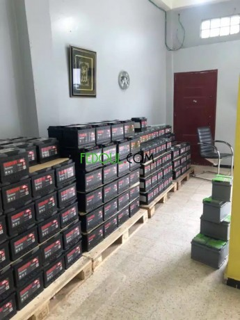 batteries-automobile-garanties-gros-et-detail-big-3