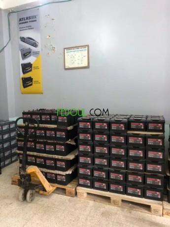 batteries-automobile-garanties-gros-et-detail-big-1