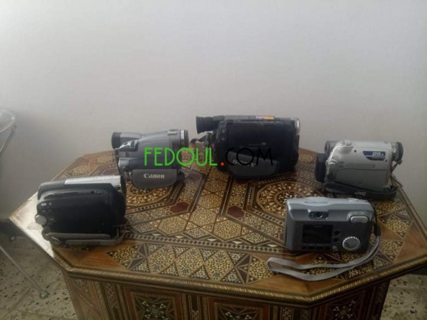 4-cameras-et-une-appareil-photo-big-3