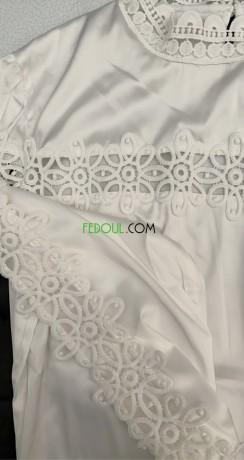 robe-en-satinette-avec-bordure-en-crochet-big-2