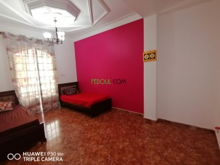Vente villa 240m située à Oran fleuris actée avec livré foncé
