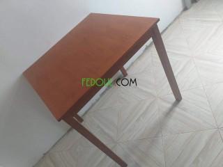 Table bois hêtre de malaise