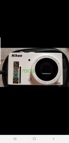 camera-mini-nikon-big-0