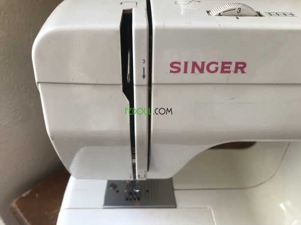 machine-a-coudre-singer-big-1