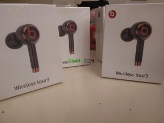 Wireless tour 3 beats
