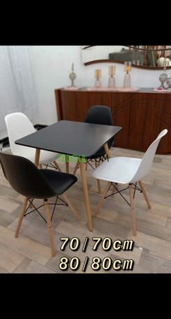 tables-et-chaises-de-tres-bonne-qualite-big-2