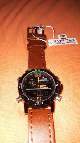 montre-naviforce-big-5