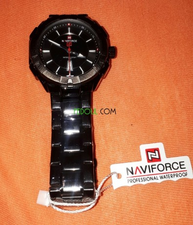 montre-naviforce-big-1