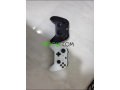 xbox-one-1-tb-2-manettes-small-1