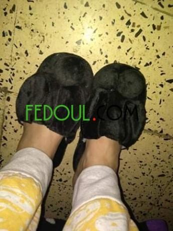 tres-jolie-pantoufles-pour-femmes-big-4