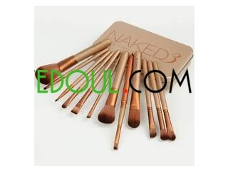 Pinceaux de maquillages naked 3