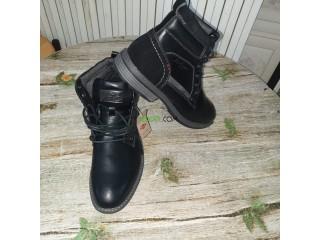 Vente des chaussures hommes venues de france