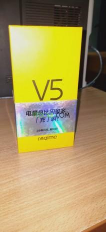 realme-v5-big-3