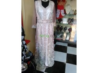 Robe traditionnelle pour la marier