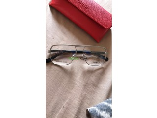 Lunettes guess