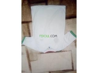 Maillots de l'equipe national algerien قميص المنتخب الوطني الجزائري