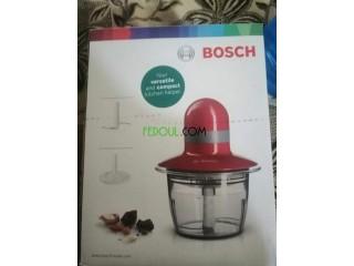 HACHOIR Bosch / (Pour Des Noisettes)
