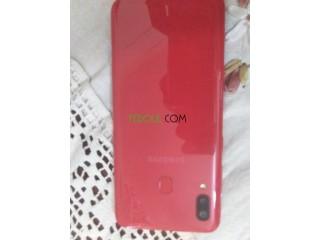 Samsung Galaxy a20 mahoch machi bzaf 20 jours