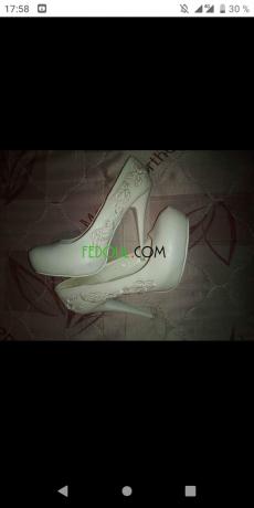 pochette-et-chaussure-pour-la-mariee-big-1