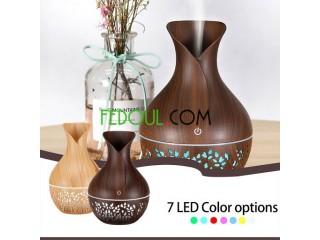 جهاز لنشر الروائح الطيبة و مرطب للهواء ، و به 7 ألون متناسقة من ضوء LED تتغير آليا.